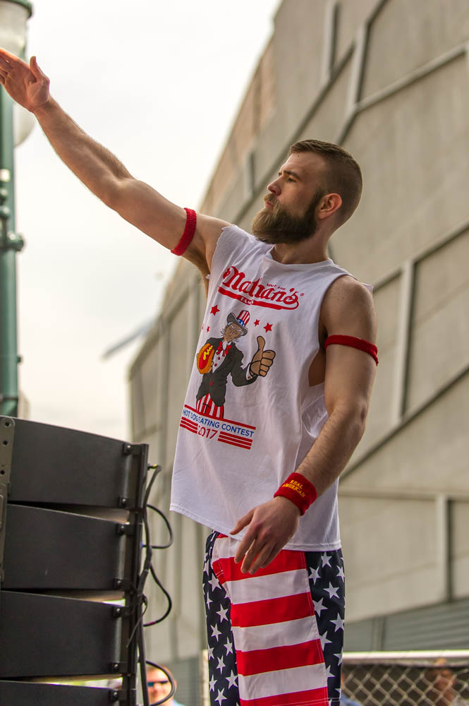 Nathans-Famous-Hot-Dog-Eating-Contest-03
