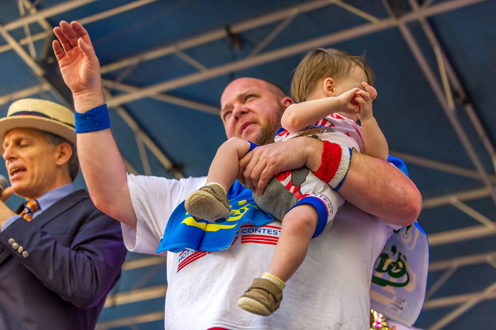 Nathans-Famous-Hot-Dog-Eating-Contest-18